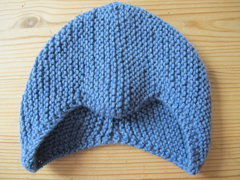 Knitted cap for a premature baby