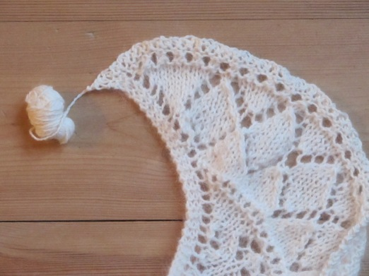 Open Source Shawl in angora