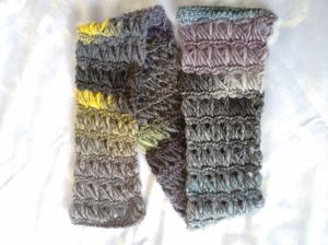 Broomstick scarf color changes